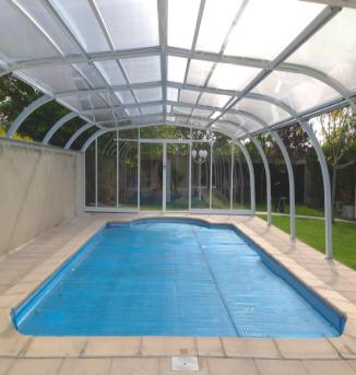 Cubiertas altas para piscinas for Cubre piscinas desmontables