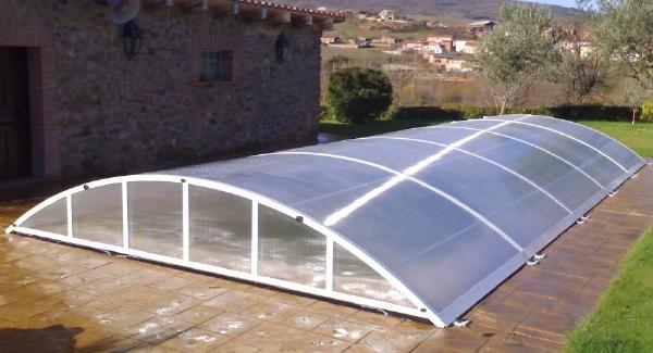 Puntos de venta comercial y presupuestos de cubiertas de for Piscinas cubiertas salamanca